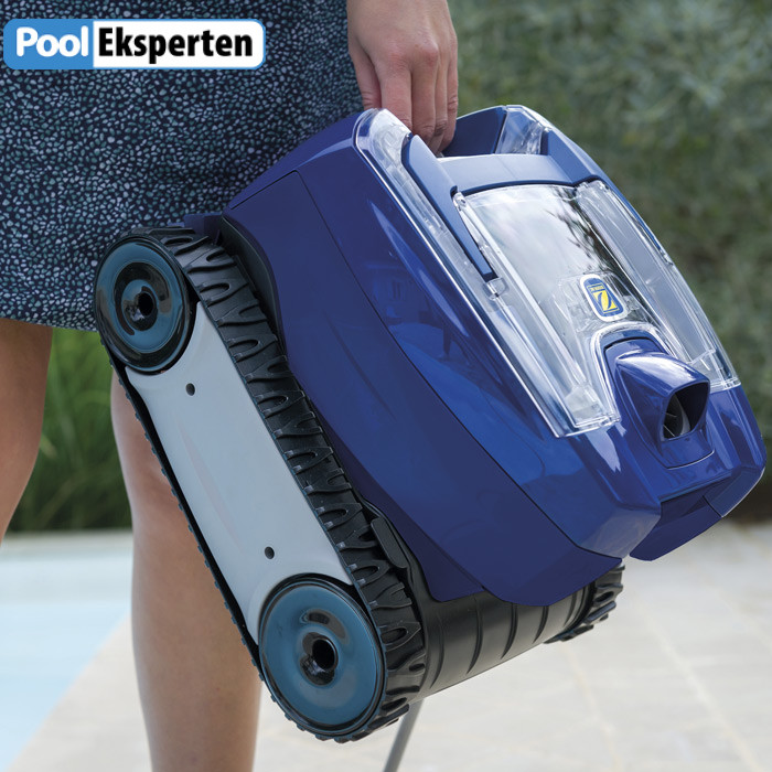 Zodiac TornaX Pro er let at håndtere og vejer ikke mere ned, at den nemt kan bæres