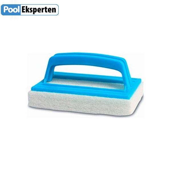 Pool-svamp-rengoering-pool